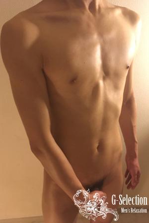 流星(りゅうせい) 22才